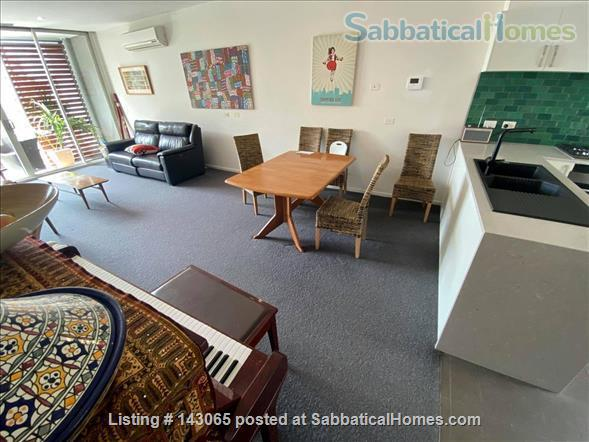 Abbotsford Apartment - 3 Bedrooms Home Rental in Abbotsford, VIC, Australia 3