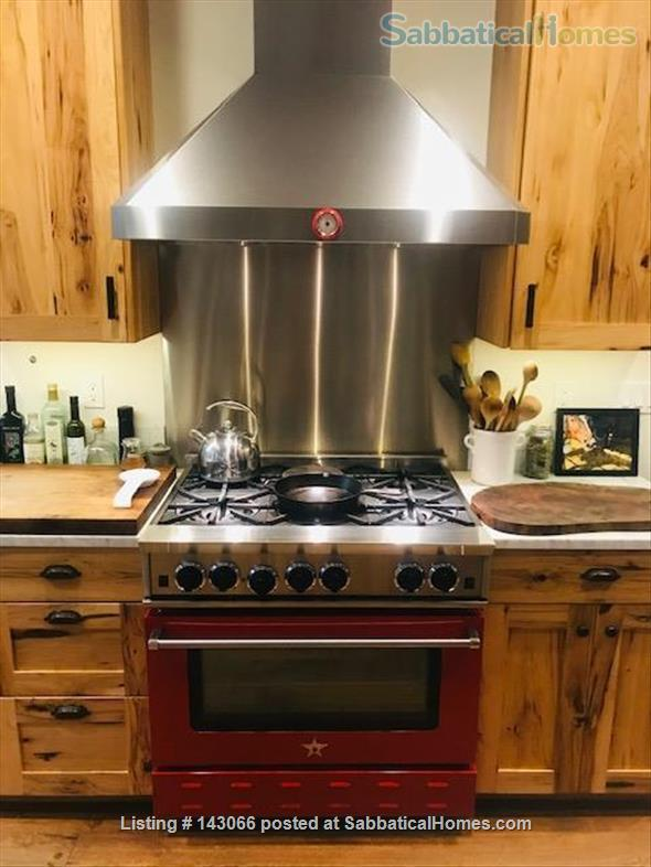 Beautiful Rural Wine Country Home For Rent Home Rental in Santa Rosa, California, United States 2