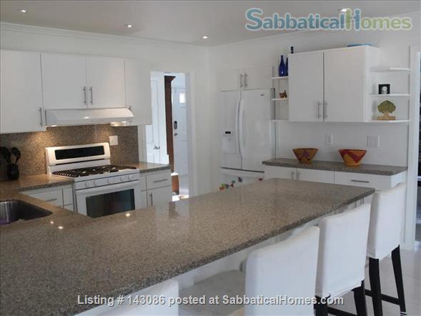 Family hone in the heart of Silicon Valley Home Rental in Emerald Hills, California, United States 6