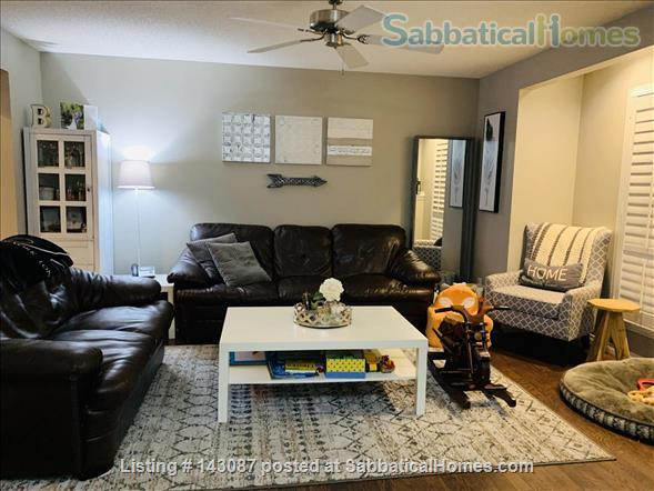 2 master suite, townhouse, easy access to river valley trails Home Rental in Edmonton, Alberta, Canada 3
