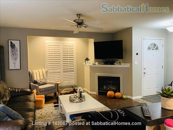 2 master suite, townhouse, easy access to river valley trails Home Rental in Edmonton, Alberta, Canada 4
