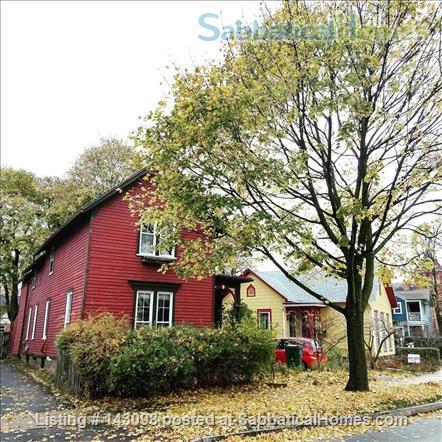 Casa Rosa: A cozy home in a convenient location in South Wedge Home Rental in Rochester, New York, United States 9