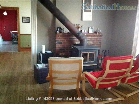 Casa Rosa: A cozy home in a convenient location in South Wedge Home Rental in Rochester, New York, United States 5