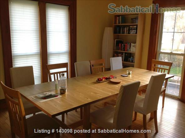 Casa Rosa: A cozy home in a convenient location in South Wedge Home Rental in Rochester, New York, United States 6