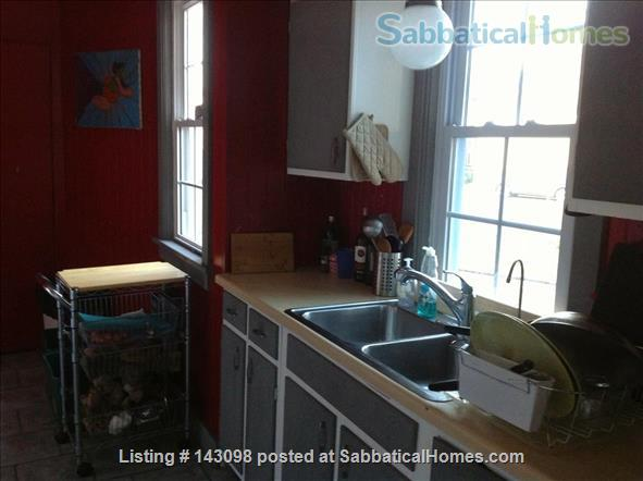 Casa Rosa: A cozy home in a convenient location in South Wedge Home Rental in Rochester, New York, United States 8