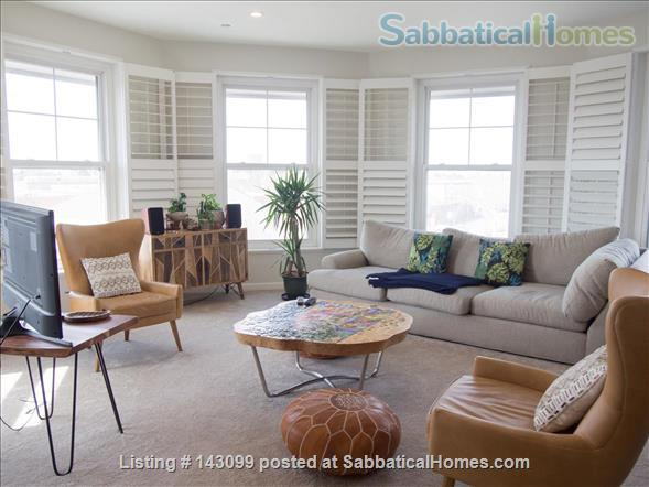 Chic  Penthouse with Views Home Rental in Berkeley, California, United States 1