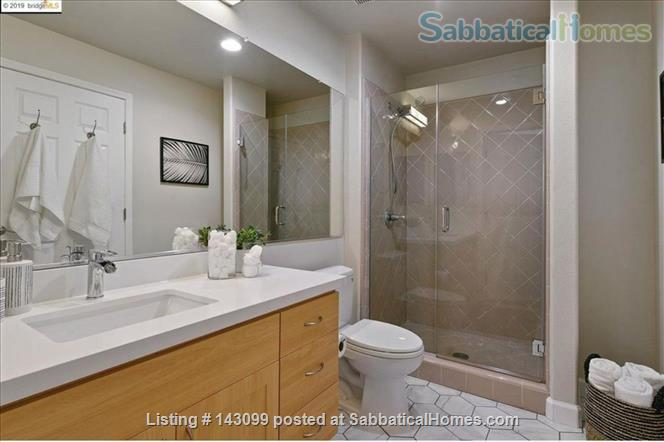 Chic  Penthouse with Views Home Rental in Berkeley, California, United States 3