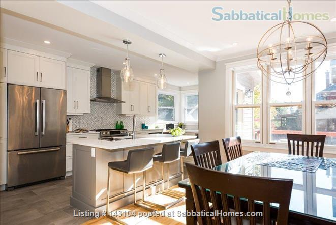 Home in Ottawa close to uOttawa and Carleton University, Rideau Canal and Lansdowne Home Rental in Ottawa, Ontario, Canada 0