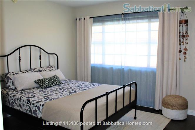 Gorgeous townhouse: central location, quiet, near park, public transport Home Rental in Los Angeles, California, United States 4