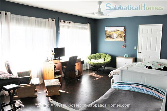 Gorgeous townhouse: central location, quiet, near park, public transport Home Rental in Los Angeles, California, United States 5