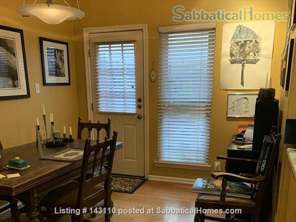 Quiet beautiful condo walking distance from downtown Austin, hike and bike trail, Barton Springs. Family neighborhood near food stores and restaurants Home Rental in Austin, Texas, United States 3