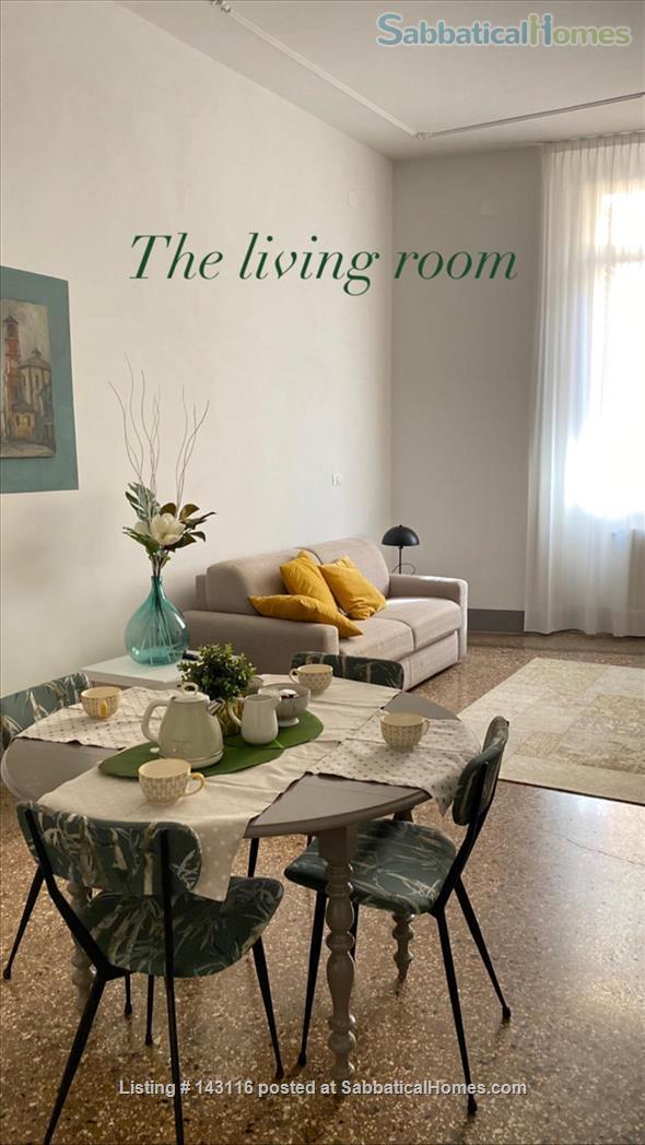 Santa Lucia luxury apartment, Via Castiglione central Bologna Home Rental in Bologna, Emilia-Romagna, Italy 2