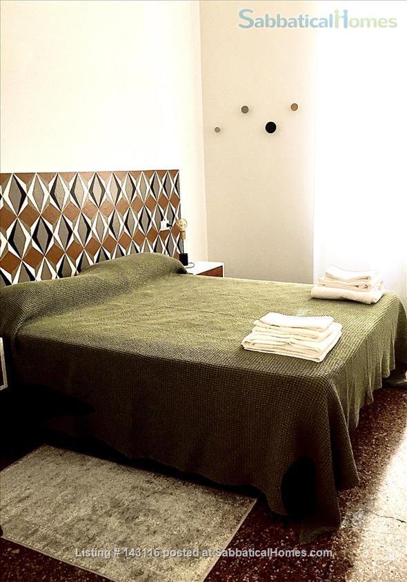 Santa Lucia luxury apartment, Via Castiglione central Bologna Home Rental in Bologna, Emilia-Romagna, Italy 4
