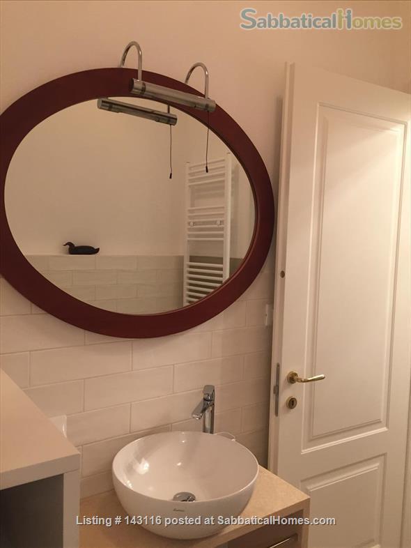 Santa Lucia luxury apartment, Via Castiglione central Bologna Home Rental in Bologna, Emilia-Romagna, Italy 7