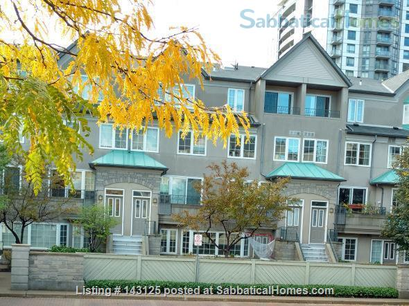 Spacious, yet cozy, 3-story, 3-bedroom townhouse with many amenities! Home Rental in Toronto, Ontario, Canada 1