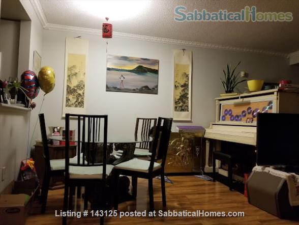 Spacious, yet cozy, 3-story, 3-bedroom townhouse with many amenities! Home Rental in Toronto, Ontario, Canada 3