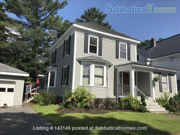 5 Bedroom House for Rent on Messalonskee Stream Home Rental in Waterville, Maine, United States 1