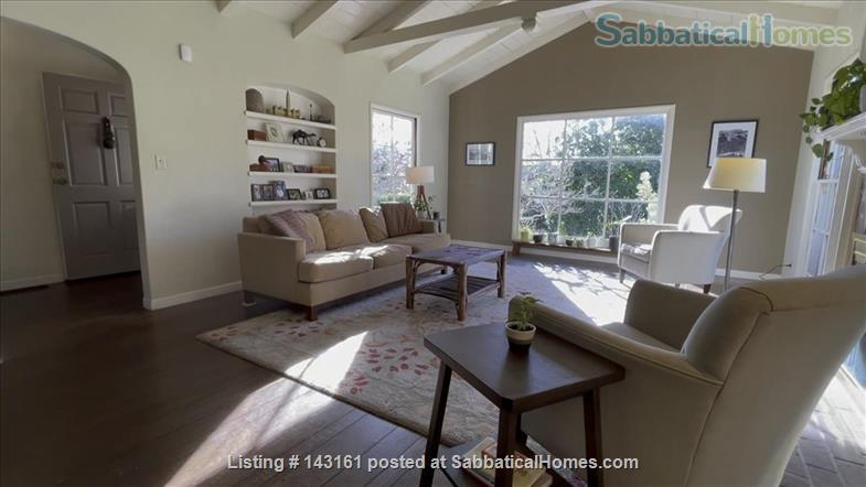 3 bed / 2 bath home near UC Berkeley with excellent public schools Home Rental in Piedmont, California, United States 2