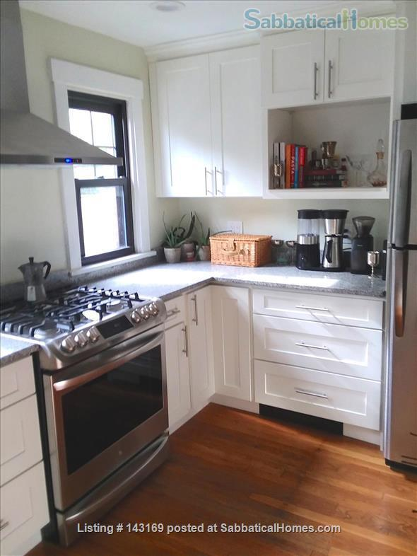 Luxury Townhouse in Shadyside (May, 2022) Home Rental in Pittsburgh, Pennsylvania, United States 2