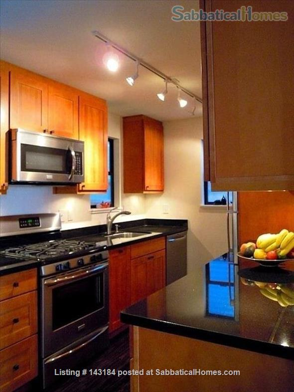 Amazing Waterfront Unit With Private Beach In A Garden Setting Home Rental in Seattle, Washington, United States 3