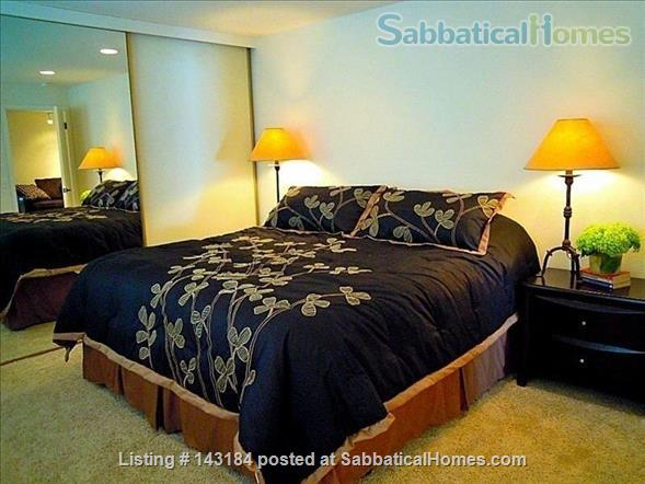 Amazing Waterfront Unit With Private Beach In A Garden Setting Home Rental in Seattle, Washington, United States 5