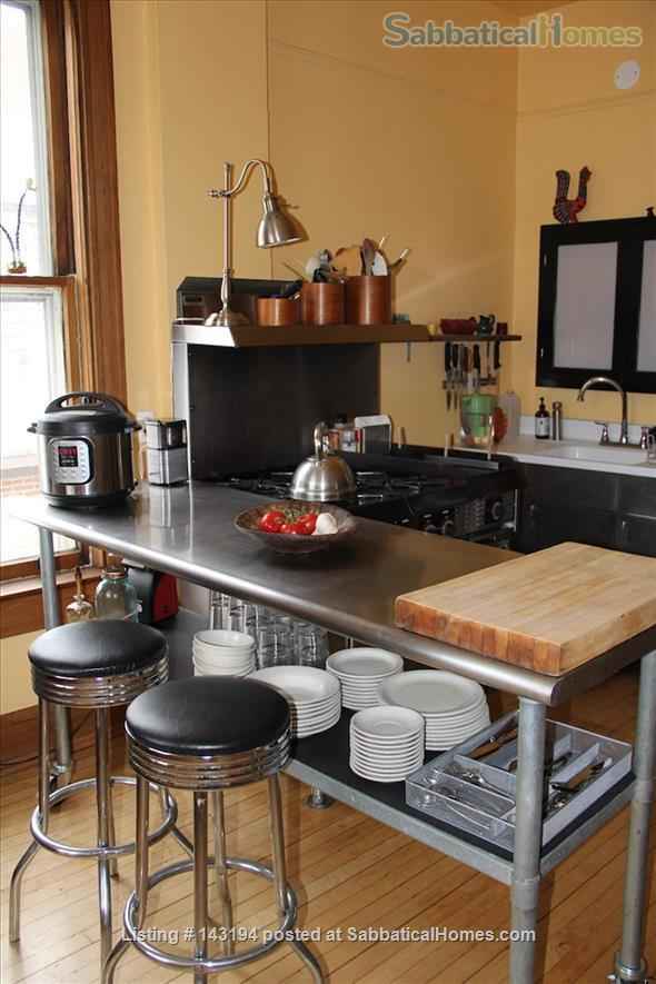 Turn-of-the century home in Chicago Home Rental in Chicago 4