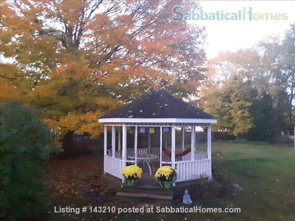 5 Bedrooms Huge Back Yard Home Rental in Burlington, Vermont, United States 2