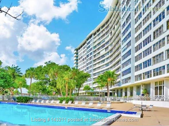 2 Bedrooms Flat in Miami 100 m2 Park View Island Home Rental in Miami Beach, Florida, United States 6