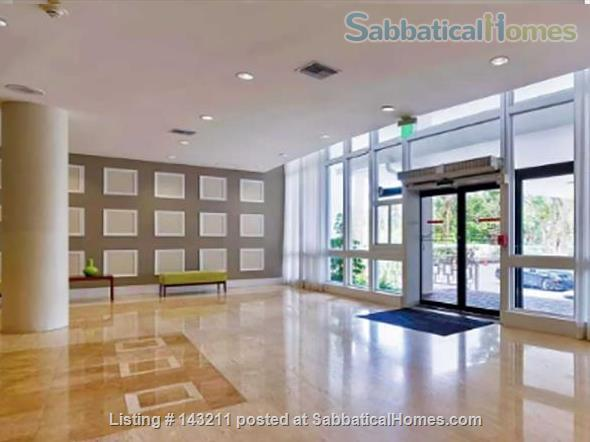 2 Bedrooms Flat in Miami 100 m2 Park View Island Home Rental in Miami Beach, Florida, United States 8