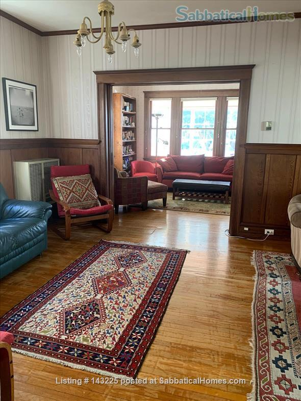 Sunny family home in great neighborhood 1 mile from UC Berkeley Home Rental in Oakland, California, United States 3