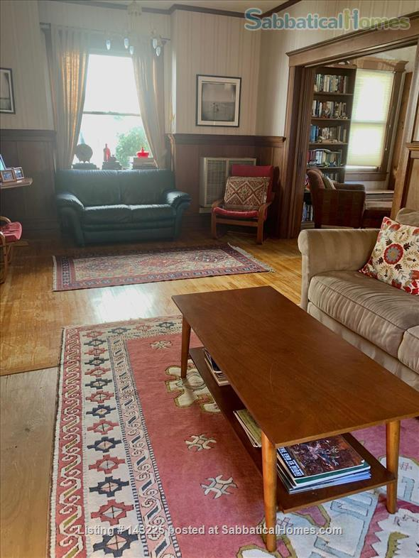 Sunny family home in great neighborhood 1 mile from UC Berkeley Home Rental in Oakland, California, United States 5