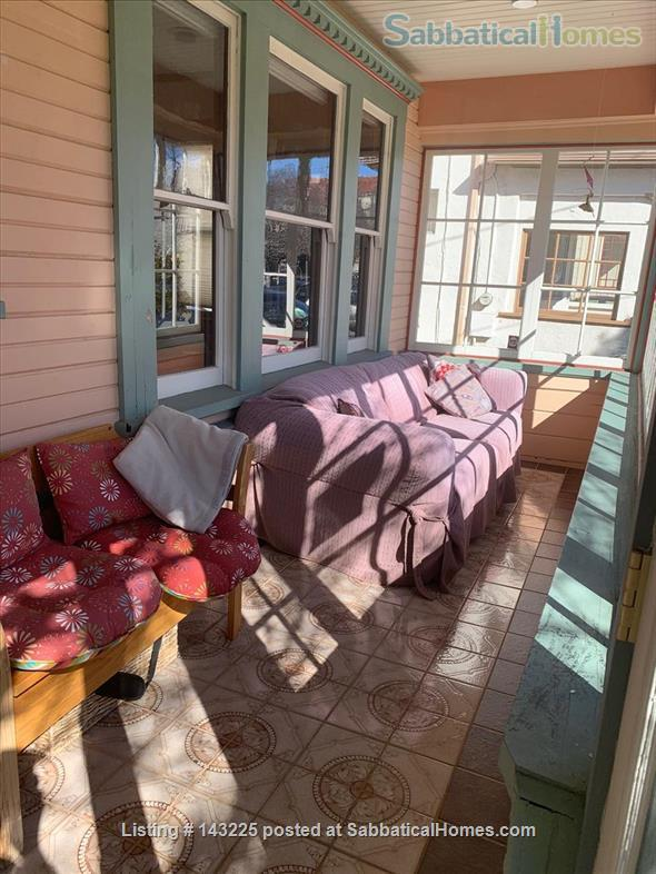 Sunny family home in great neighborhood 1 mile from UC Berkeley Home Rental in Oakland, California, United States 8