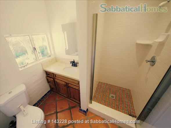 Spanish-style Home with Yard Home Rental in Burbank, California, United States 9
