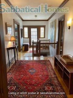 Spacious, light-filled, second floor apartment in Cambridge Home Rental in Cambridge, Massachusetts, United States 9