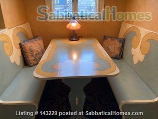 Spacious, light-filled, second floor apartment in Cambridge Home Rental in Cambridge, Massachusetts, United States 4