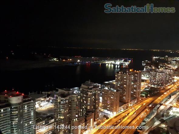 Sunny 1 +1BD with Spectacular Views; $1900/mo Home Rental in Toronto, Ontario, Canada 1