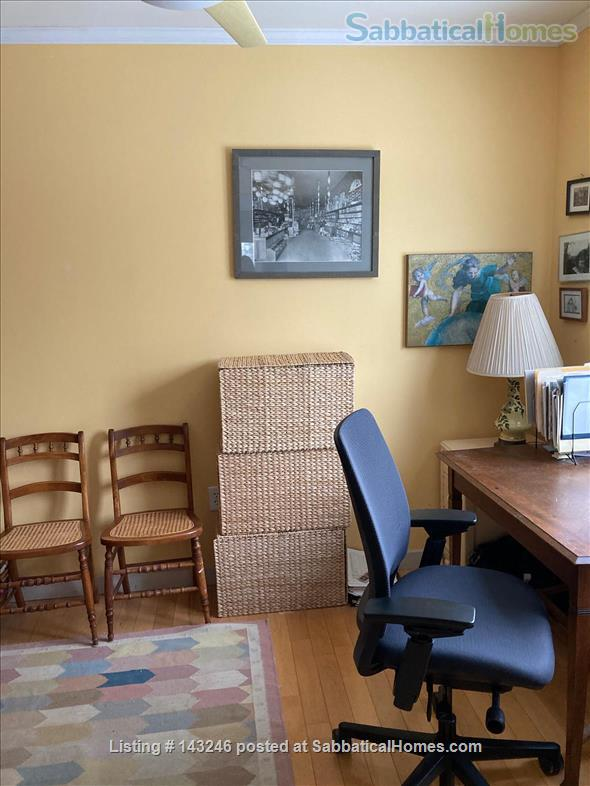Sunny 3 bedroom end townhouse in intentional community Home Rental in Burlington 5