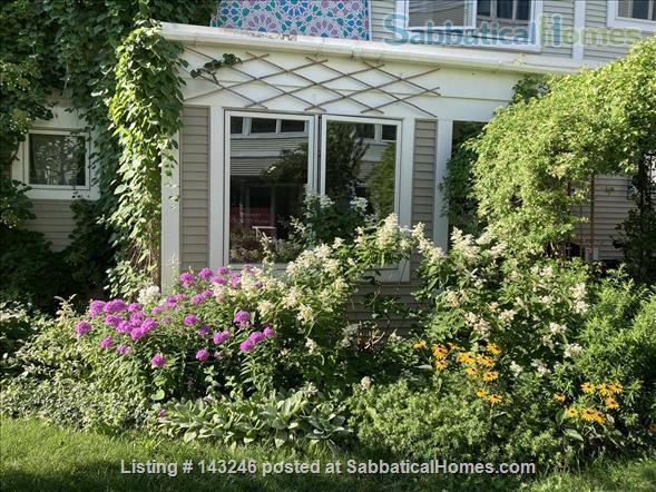 Sunny 3 bedroom end townhouse in intentional community Home Rental in Burlington 7