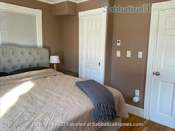 FULLY FURNISHED, SUN-DRENCHED 3 BED / 2 BATH HOME NEAR HARVARD, TUFTS, & LESLEY, with ROOFTOP DECK HAVEN Home Rental in Cambridge, Massachusetts, United States 8