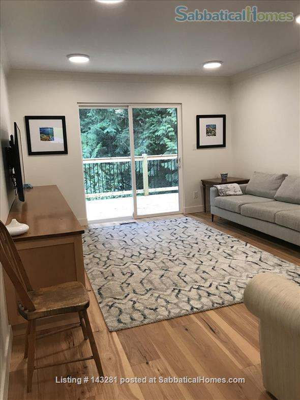 FAMILY FRIENDLY HOME IN THE BEAUTIFUL SEASIDE NEIGHBOURHOOD OF HORSESHOE BAY, WEST VANCOUVER (JULY/AUGUST 2021) Home Rental in West Vancouver, British Columbia, Canada 2
