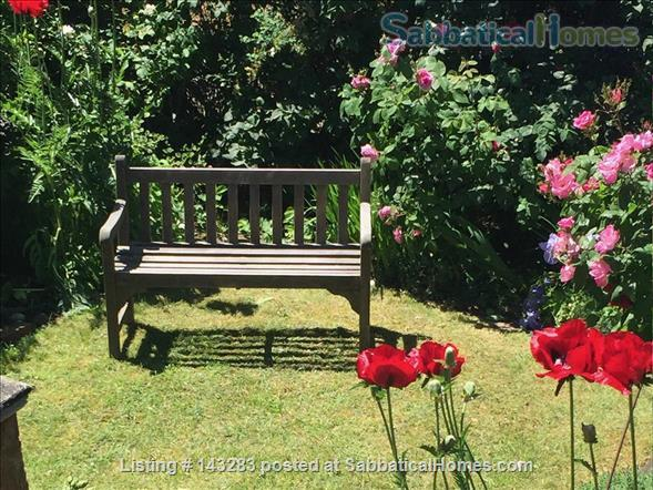 Beautiful Seattle  Bungalow with garden in U-District Home Rental in Seattle, Washington, United States 9