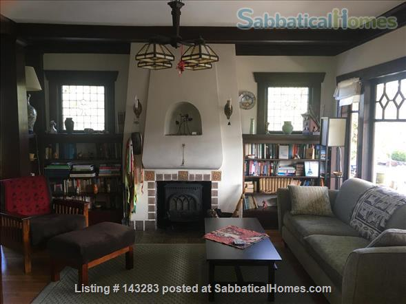 Beautiful Seattle  Bungalow with garden in U-District Home Rental in Seattle, Washington, United States 0