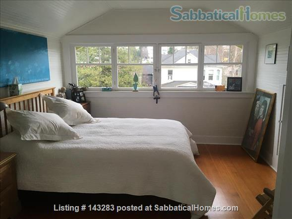 Beautiful Seattle  Bungalow with garden in U-District Home Rental in Seattle, Washington, United States 6