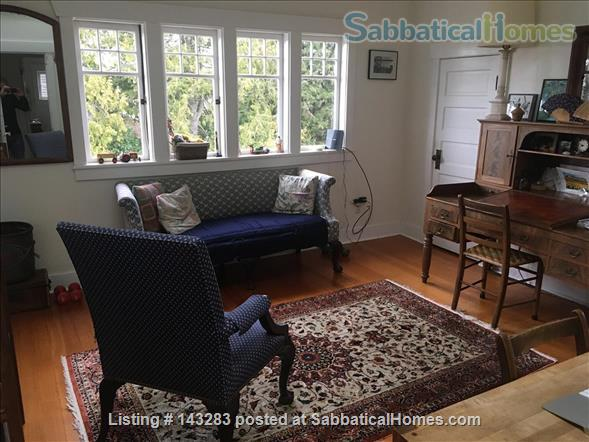 Beautiful Seattle  Bungalow with garden in U-District Home Rental in Seattle, Washington, United States 7