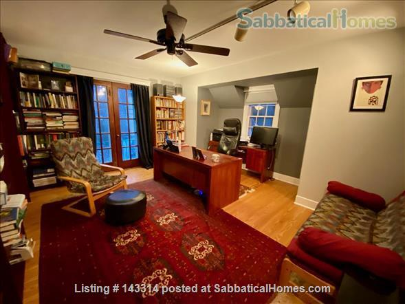 Lovely furnished home close to Narberth shops and train station  Home Rental in Merion Station, Pennsylvania, United States 5