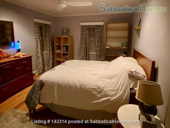 Lovely furnished home close to Narberth shops and train station  Home Rental in Merion Station, Pennsylvania, United States 6