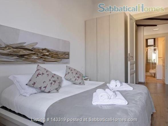 MEDIUM MONTI FAMILY FURNISHED SABBATICAL HOME NEXT TO COLOSSEO Via Madonna dei Monti. Home Rental in Roma, Lazio, Italy 0