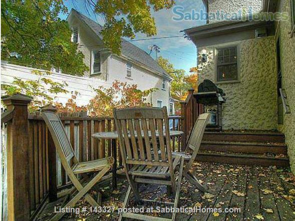 Beautiful big sunny 1BR with large courtyard; Walk to  central campus Home Rental in Ann Arbor, Michigan, United States 7