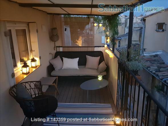 Beautiful duplex with terrace / Historical Center Home Rental in Aix-en-Provence, Provence-Alpes-Côte d'Azur, France 6