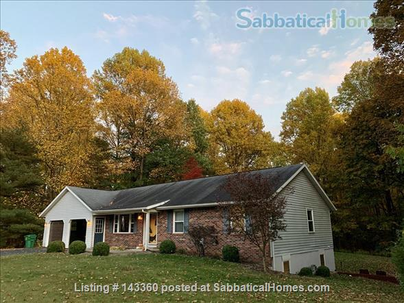 4 Bedroom Home--Conveniently Located Home Rental in Bloomington, Indiana, United States 0